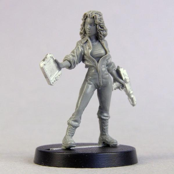 Bombshell Miniatures: Science Officer Helen Salinger