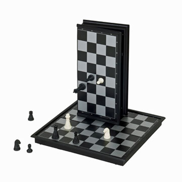 "CHESS 10"" MAGNETIC FOLDING [Damaged]"