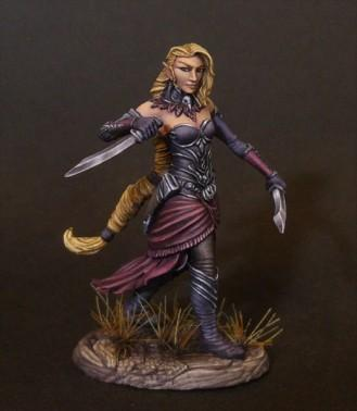 Dark Sword Miniatures: Visions in Fantasy: Female Elven Rogue