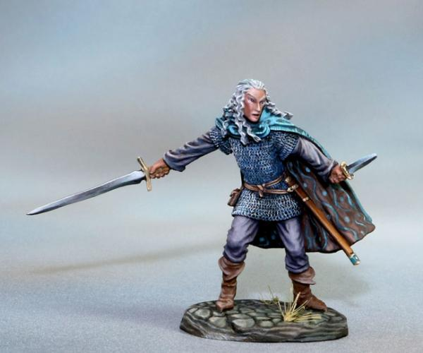 Dark Sword Miniatures: Visions in Fantasy: Male Elven Warrior - Dual Wield