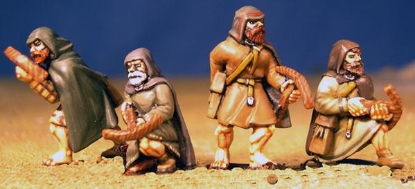 Gripping Beast 28mm Age Of Arthur: Pict- Hunters with Hunting Crossbows (4)