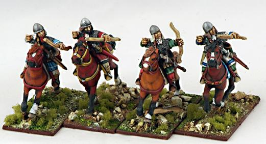 Gripping Beast 28mm Byzantine: Byzantine Light Cavalry Archers (4)