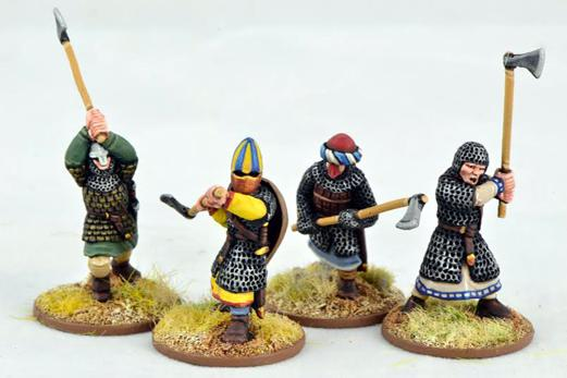 Gripping Beast 28mm Early Crusade: Dismounted Knights with Double Handed Weapons (4)
