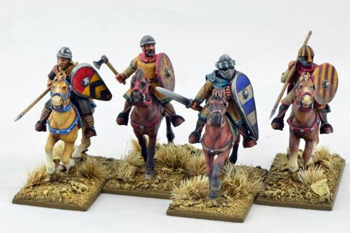 Gripping Beast 28mm Early Crusade: Mounted Sergeants #1 (4)
