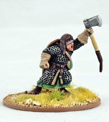 Gripping Beast 28mm Early Crusade: Warlord with Double Handed Axe (1)