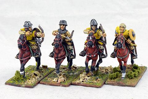 Gripping Beast 28mm Later Crusades: Teutonic Turcopolen (Bows) (4)