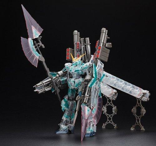 Gundam Master Grade: FULL ARMOR UNICORN GUNDAM MECHANICAL CLEAR VER.