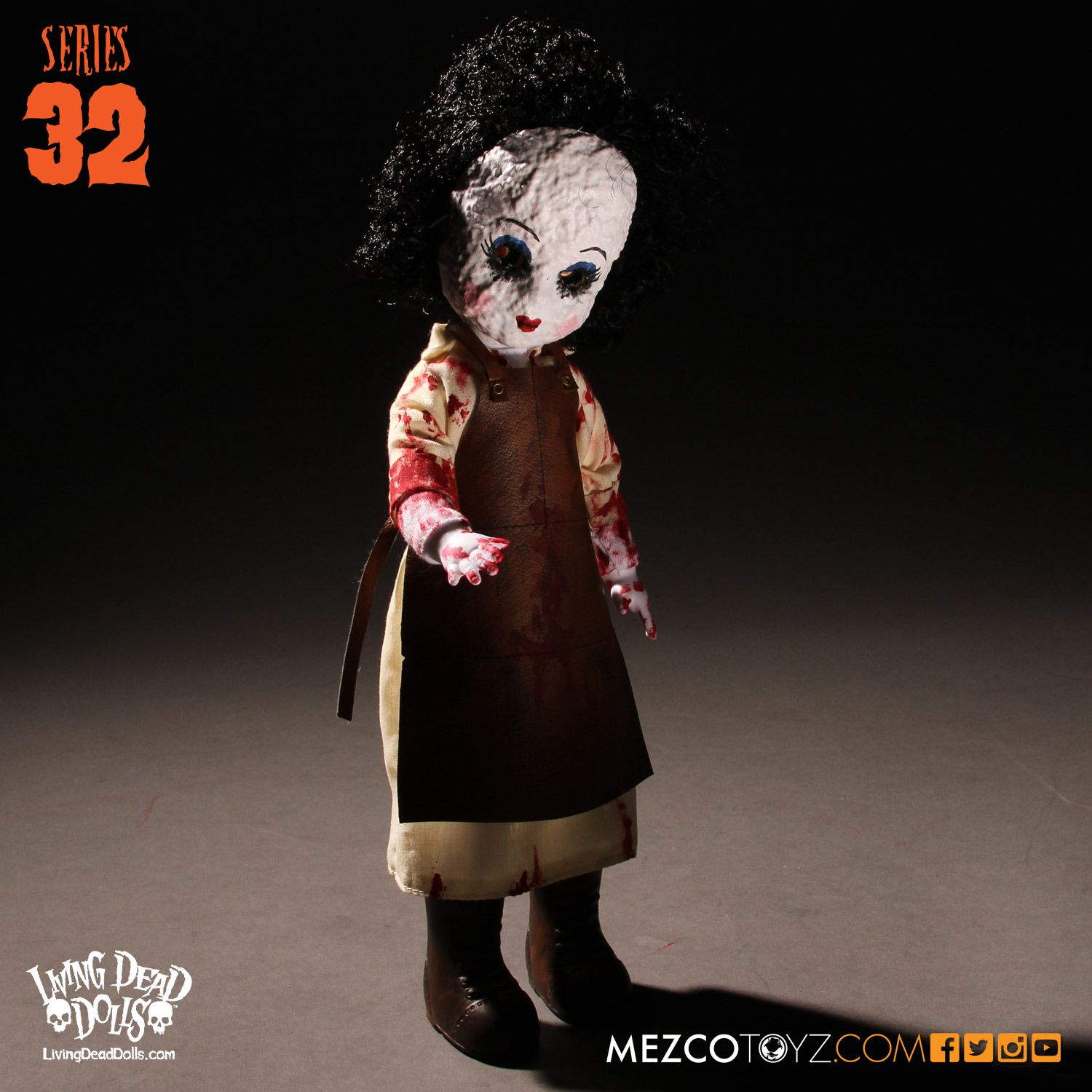 Living Dead Dolls Series 032: Halloween- Butcher Boop (Skeletal Butcher)
