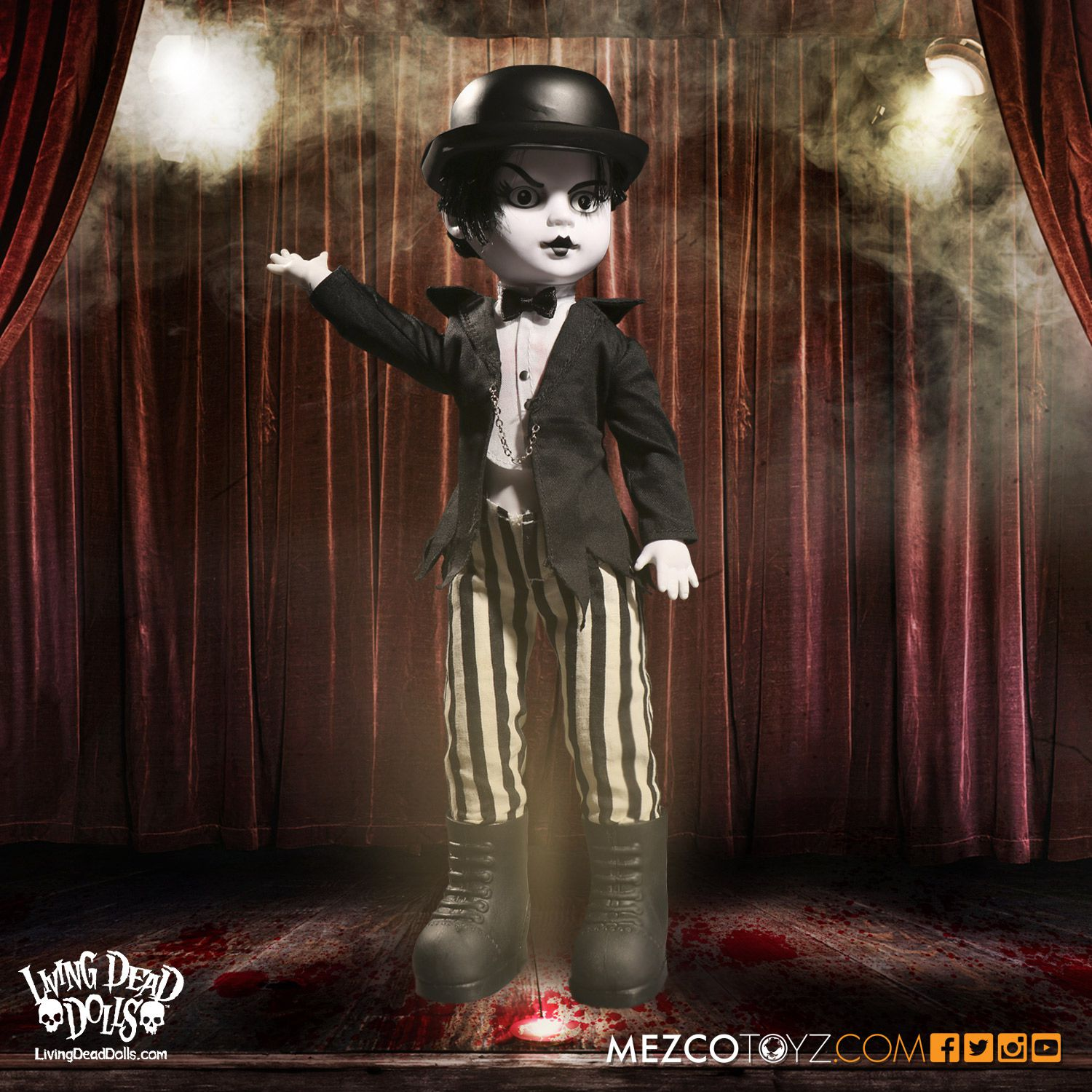 Living Dead Dolls Series 033: Moulin Morgue- Maitre Des Morts