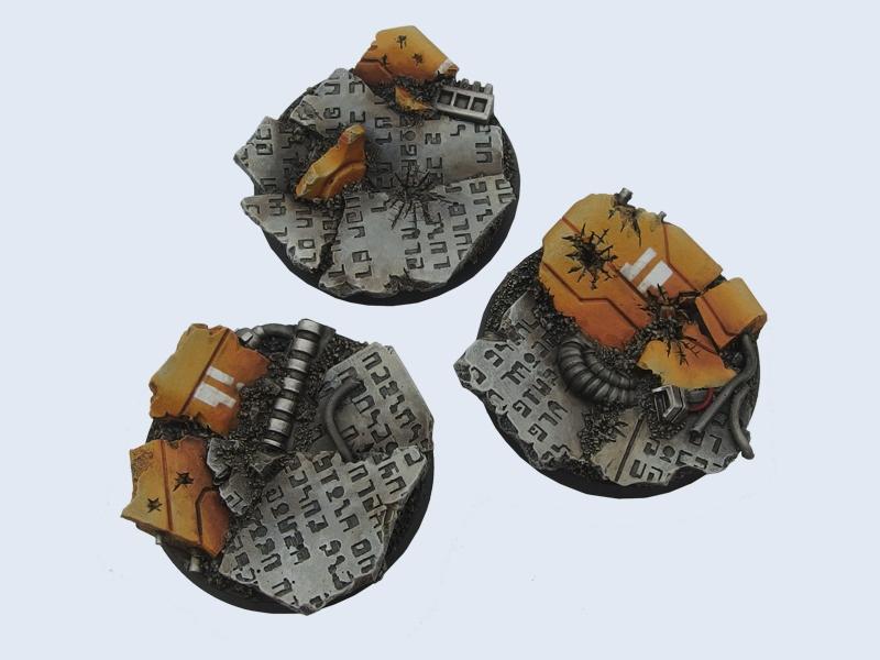 - *MicroArtStudio* 4 Round 32mm TauCeti Bases