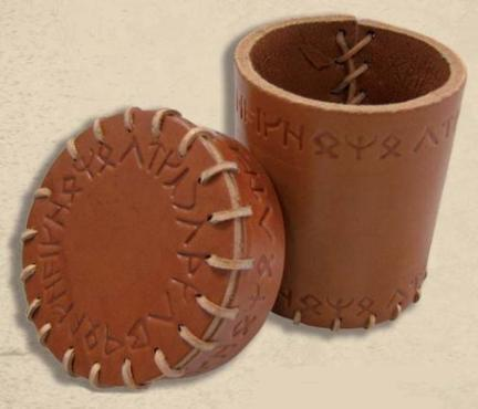Q-Workshop: Dice Cup: Runic Leather (Brown)