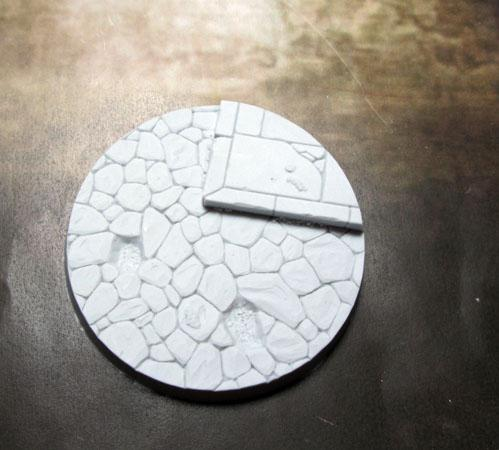 Secret Weapon Miniatures: 60mm Town Square #1 Beveled Edge