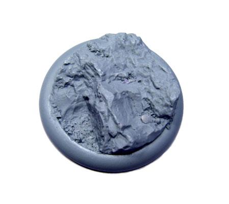 Secret Weapon Miniatures: Rocky Bluff: 50mm Round Lip