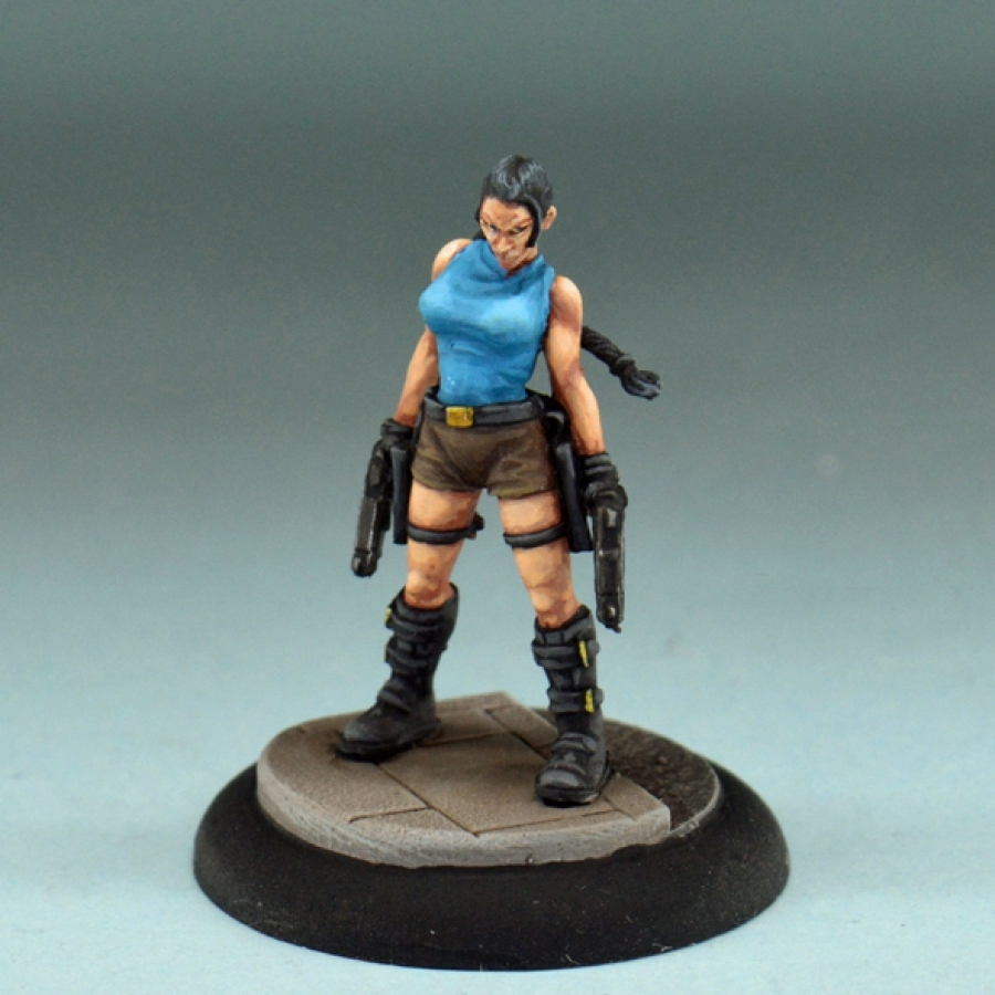 Studio Miniatures: Survivors: Angie