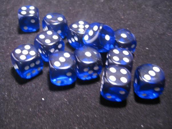 Chessex (23606): D6: 16mm: Translucent: Blue/White