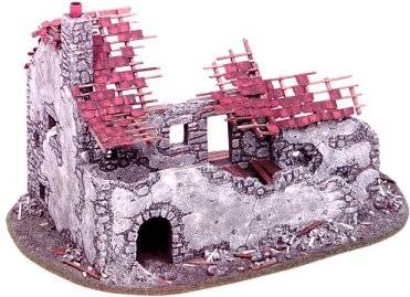 Miniature Building Authority: 28mm European Gold Series: Ruined Farmhouse - MBA10503 [022931105036]