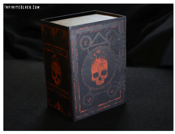 Grimoire Deck Box: Mark of the Necronomicon