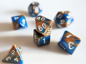 Little Dragon: Mini Dice - Sapphire in Sandstone