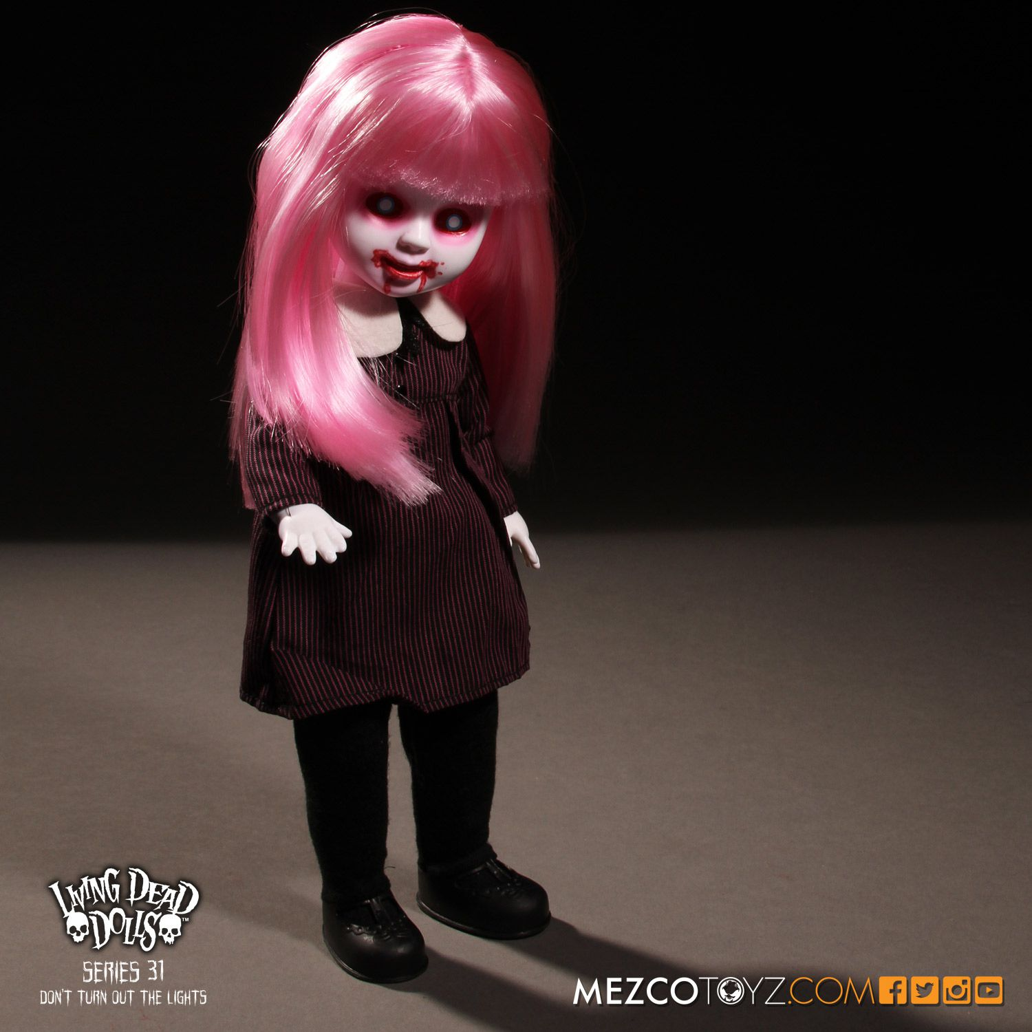 Living Dead Dolls Series 031: Don't Turn Out The Lights- Bea Neath