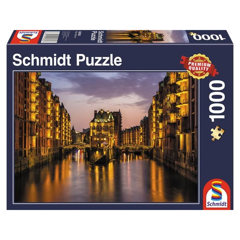 Schmidt Spiele Puzzles (1000): Hamburg – Nightfall in the Warehouse District