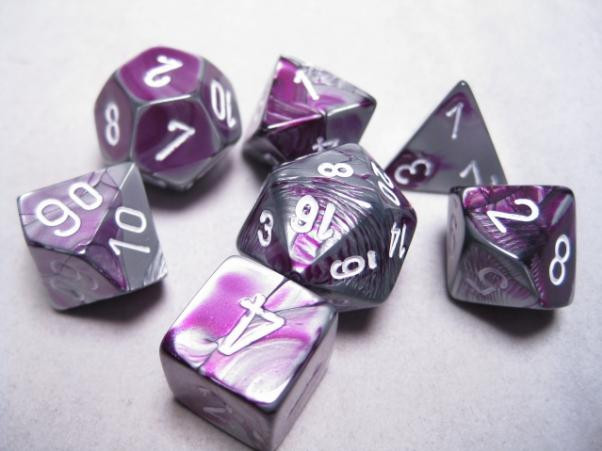 Chessex (26832): D6: 12mm: Gemini: Purple Steel/White